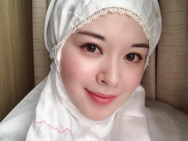 Subhanallah, UAS Dijodohkan dengan Selebgram Cantik Korea ...