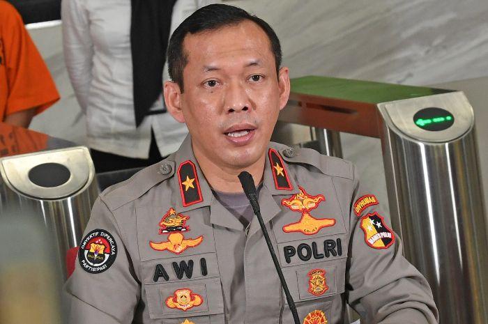 Karopenmas Divisi Humas Polri Brigjen Awi Setiyono mengungkap alasan mengapa kerumunan Gibran tidak diusut. (ANTARA/RENO ESNIR)