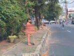 Dinar Candy pakai bikini di jalan