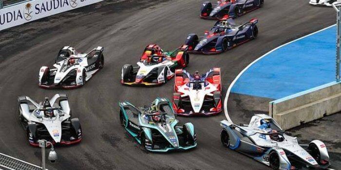Ilustrasi mobil Balap Formula E
